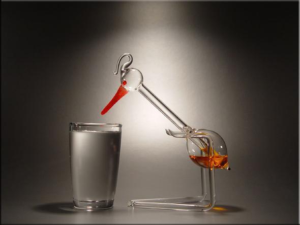 handgmacht aus Glas - (Physik, trinkvogel, Schluckspecht)
