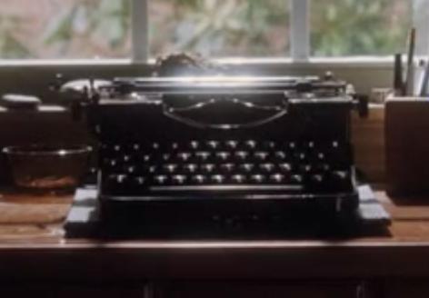 Erstes - (Film, Schreiben, Schreibmaschine)