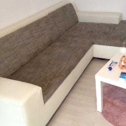wie bekommt man am besten flecken vom sofa weck reinigen. Black Bedroom Furniture Sets. Home Design Ideas