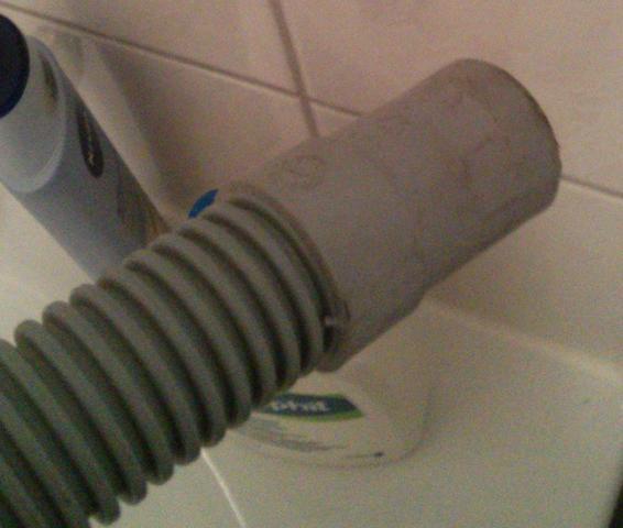 Ablaufschlauch d. Waschmaschine - (Wasser, Waschmaschine, Ablauf)