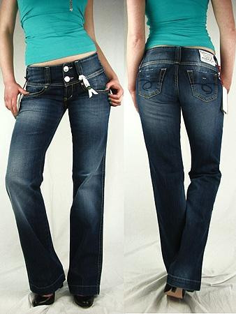 welche jeansmarke ist bei kr ftigen oberschenkeln zu. Black Bedroom Furniture Sets. Home Design Ideas