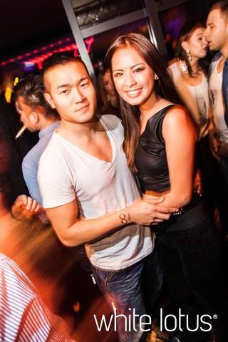 asiatische Kerle weiße Freundinnen