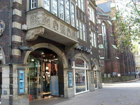 - (Hamburg, Mode Geschäft)