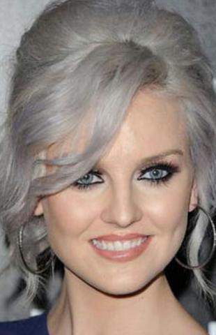 graue haare heller bekommen lilastichigen ansatz weg