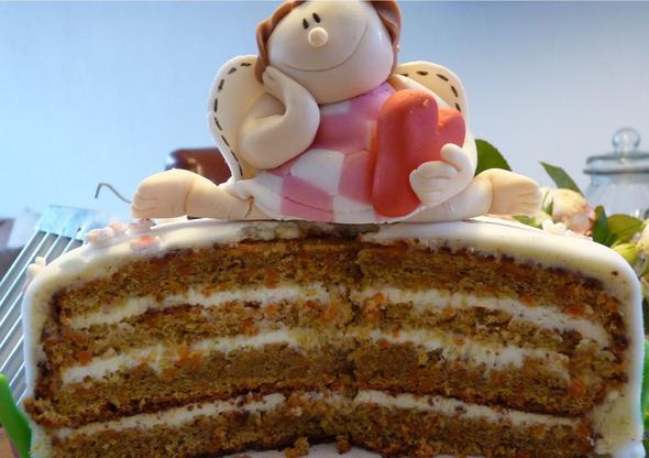Karottenkuchen Mit Fondant Eindecken Kuchen Buttercreme