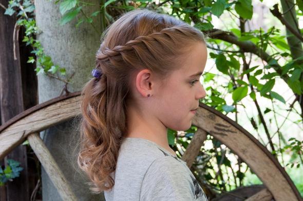 Konfirmations Frisur Für Meine Schwester Haare Ideen Konfirmation