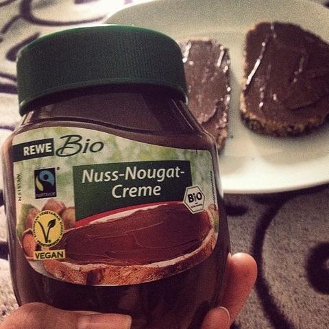 Ich persönlich finde sie noch viiiiiiel besser als Nutella.  - (vegan, Nutella)