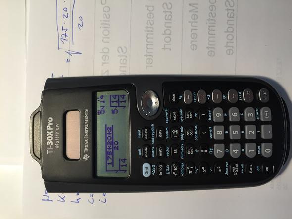 - (Mathe, Mathematik, Taschenrechner)