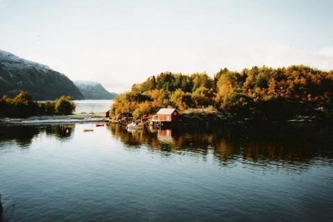 Oernes in Norwegen, meine Traumhütte. - (Traurigkeit, Deprimiert, fernweh)