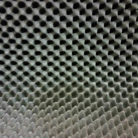 Noppenschaumstoff als Matratzenauflage - (Musik, Akustik, Schaumstoff)