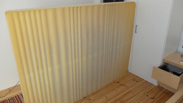 ist das was auf den bildern meiner matratze abgebildet ist schimmel. Black Bedroom Furniture Sets. Home Design Ideas