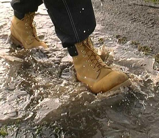 Timberlands nass..schlimm? (Schuhe, Wasser, Timberland)