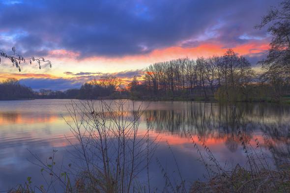 Sonnenaufgang über dem Thielenburger See (Dannenberg),(HDR) Kamera: EOS6D - (iPhone, Kamera, Umfrage)