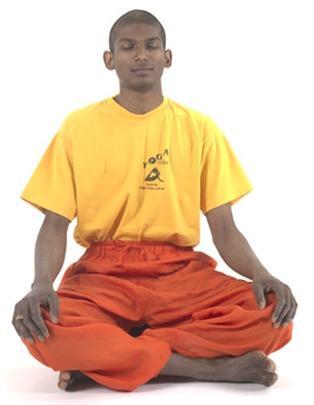 Meditation im Schneidersitz - (Gesundheit, Fitness, Meditation)