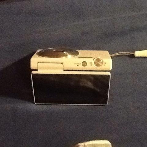 Die kamera mit 180grad schwenkbaren display mv800  - (Film, Video, Kamera)