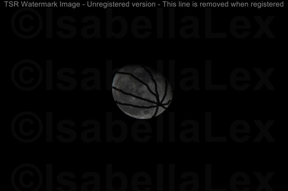 irgendwie so ähnlich wie ein basketball ^^ - (Geographie, Astronomie, Weltraum)