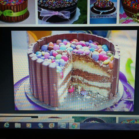 Mit einer Füllung😋 - (Freundin, backen, Kuchen)