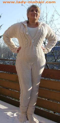 - (Pullover, stricken, Wolle)