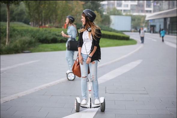 - (Skateboard, hoverboard)