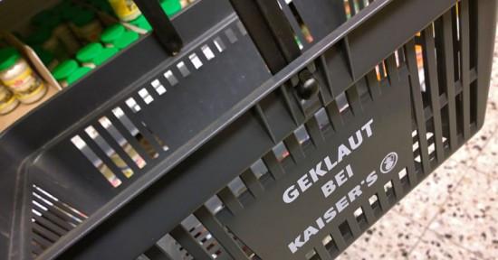 Korb - (Diebstahl, Supermarkt, Einkaufskorb)