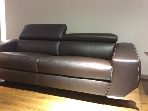 - (Online-Shop, Möbel, Sofa)