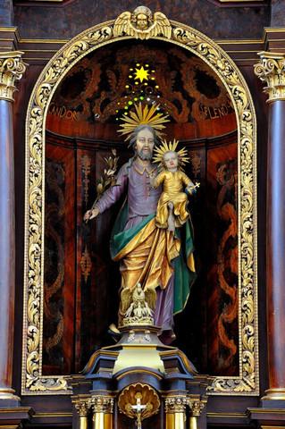 Josef mit dem Jesuskind (Kirche in Beilstein) - (Religion, Christentum, Glaube)