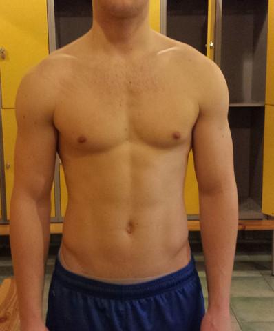 unangespannt - (Fitness, Brustmuskeln, Asymmtrie)