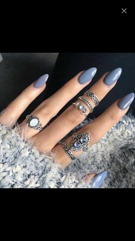 - (Schmuck, Ring)