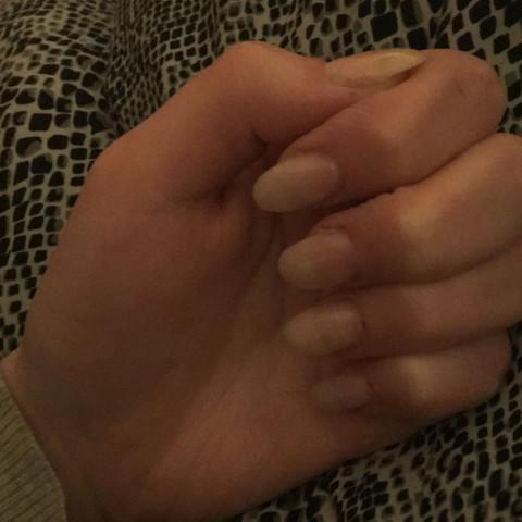 Sind heute wieder nach paar Wochen neu gemacht, mir reichen die so - (Koerperpflege, Fingernägel)