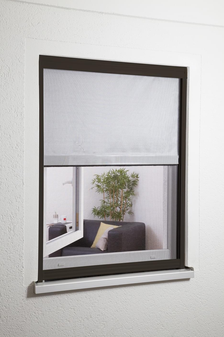 sonnenschutz mit fliegengitter wo man nach au en sieht haus. Black Bedroom Furniture Sets. Home Design Ideas