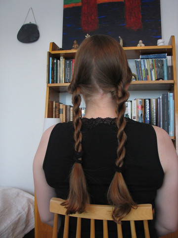 - (Haare, Friseur)