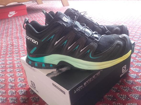 Die hier - (Schuhe, joggen)