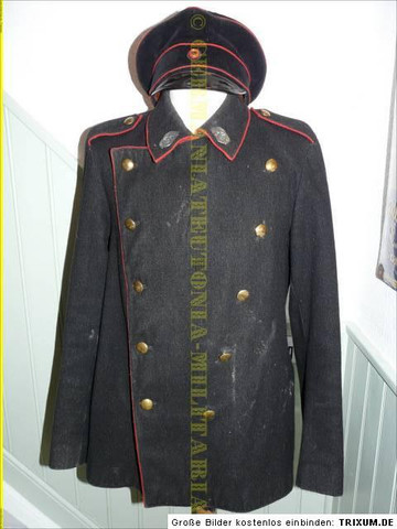 - (Militär, uniform)