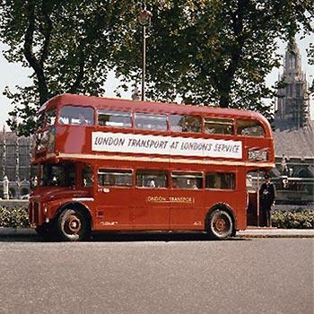 1956: Routemaster in London - (London, london-busse, rote-busse-london)