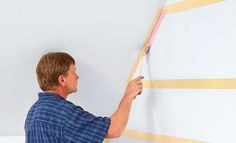 Mit Malerkrepp Lassen Sich Wand Und Decke Gegen Ungewollten Farbauftrag  Schützen   (Farbe, Streichen