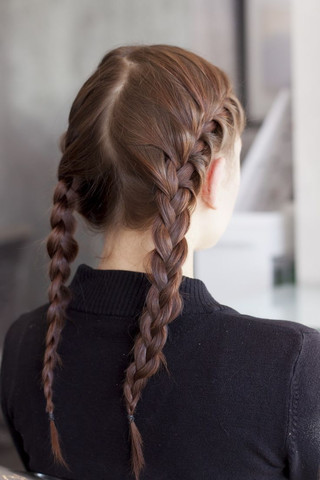 Zwei französische Zöpfe - (Schule, Frisur, lange Haare)