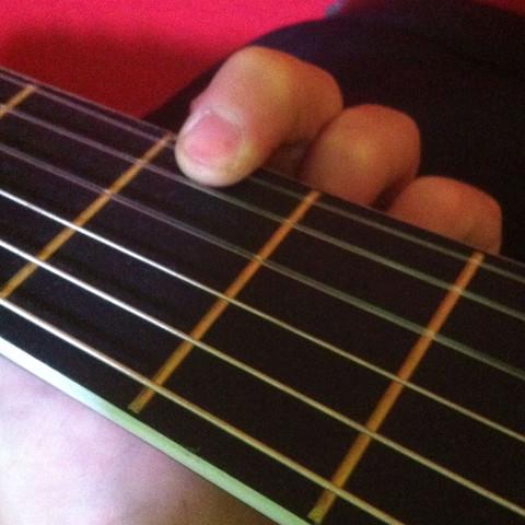 Falsch  - (Gitarre, Anfänger, E-Gitarre)