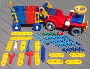 Komplettes System - (Spielzeug, Plastik, Schrauben)