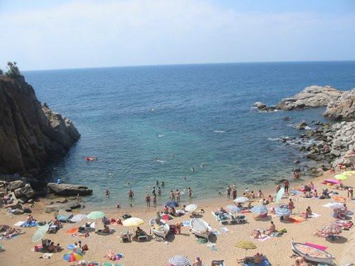 Tossa Strand unter der Mauer - (Urlaub, Spanien, tossa-de-mar)