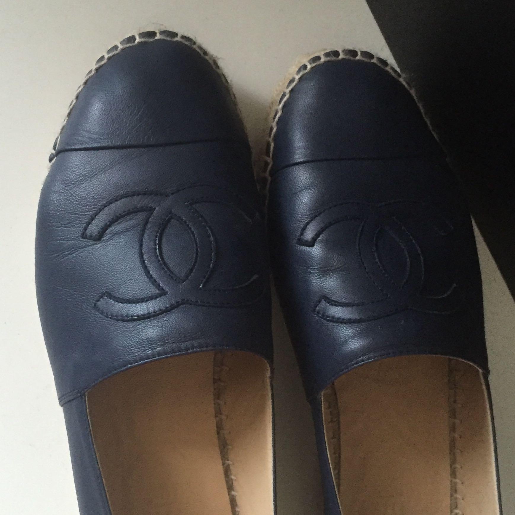 Woran erkenne ich original Chanel Schuhe? (schwarz