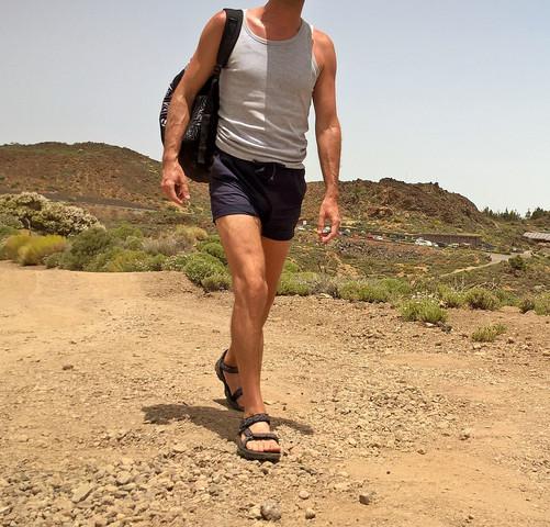 Warum dürfen Männer keine Hotpants tragen? (Herrenkleidung)