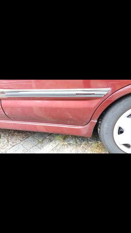 - (Auto, Versicherung, Unfall)