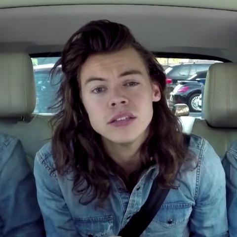 Harry Styles  - (Haare, Männer)