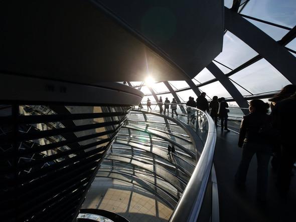 Berlin: Bundestagskuppel - (Reise, Deutschland)