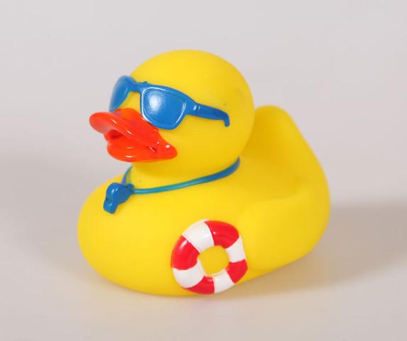 - (schwimmen, beibringen)