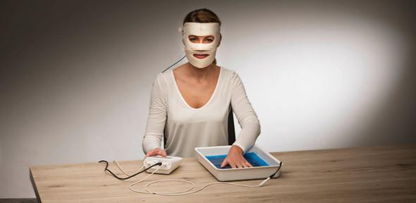 Iontophorese Gesichtsanwendung mit Fasern aus Silikon-/Grafit in der Elektrode - (Gesundheit, abnehmen, Gewicht)