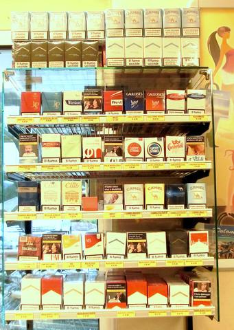 Zigarettenpreise Italien 2016. Foto aus normalen Spar Markt  - (rauchen, Zigaretten, Italien)
