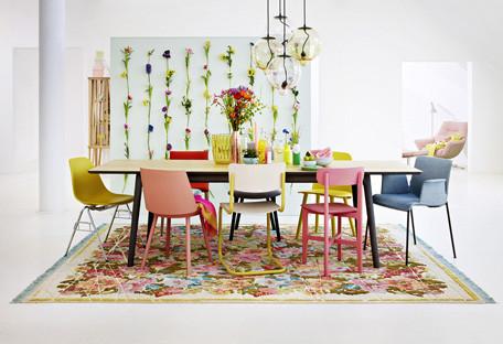 Sollten An Einem Esstisch Alle Stuhle Die Selbe Farbe Haben Oder