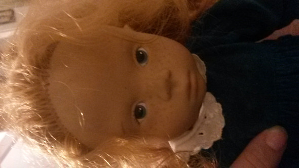 - (Puppen, Götz)