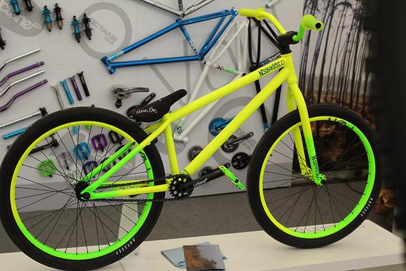 gutes und g nstiges street trial bike kaufen fahrrad mountainbike. Black Bedroom Furniture Sets. Home Design Ideas